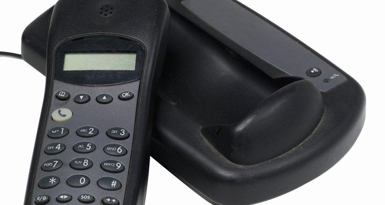 Aprenda a desativar o recurso Mudo em um telefone Panasonic DECT 6.0 sem fio