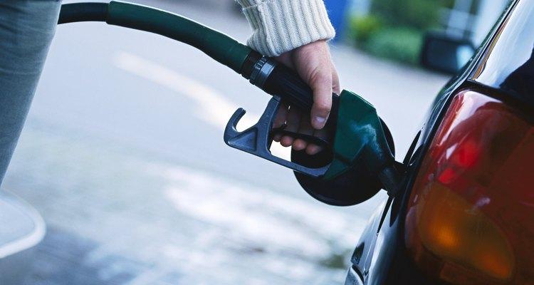El tanque de combustible de tu auto debe ser limpiado exhaustivamente cada año.