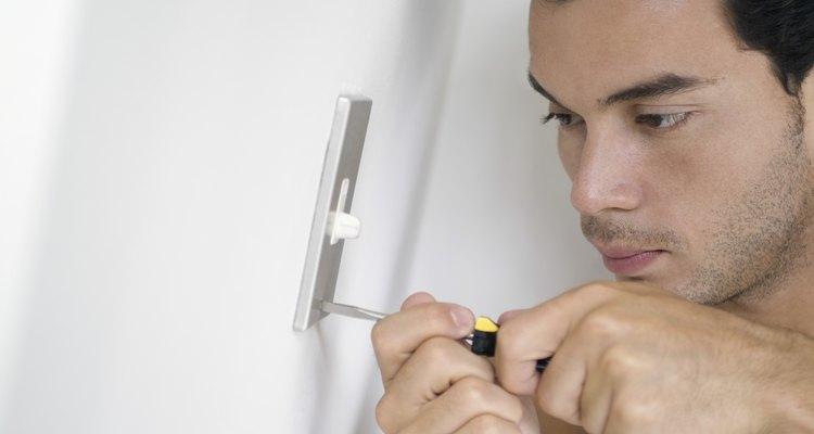 Un llave de luz te permite controlar si una luz está encendida o apagada sin importar la cantidad de interruptores que cumplen esta función.