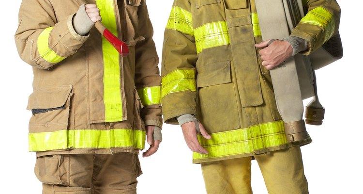 Los despachadores deben tener conocimientos sobre áreas relacionadas con los incendios cómo búsqueda y rescate.