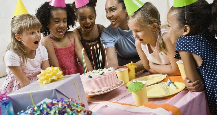 """No hay cumpleaños sin que se cante """"Que los cumplas feliz"""" al homenajeado."""