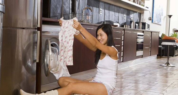 To avoid burn marks on clothes, don't use your dryer if it doesn't spin.
