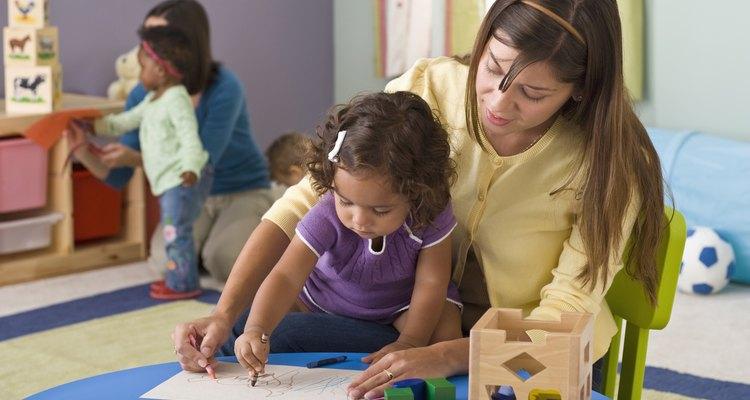 Los empleados de guardería necesitan poner los intereses de los niños primero.