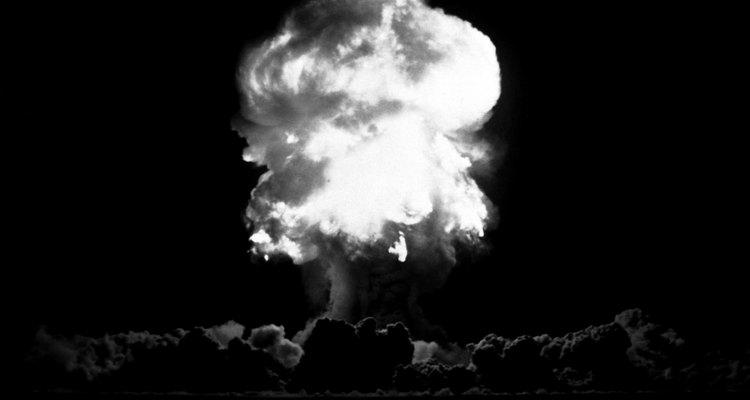 Los lanzamientos de dos bombas en Japón durante la Segunda Guerra Mundial son las únicas dos veces que se han usado armas nucleares en una guerra.
