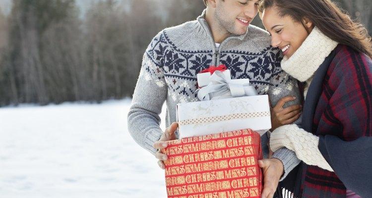 Haz que el evento para recaudar dinero tenga un tema navideño.