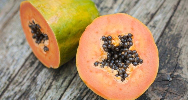 Los beneficios que la papaya aporta para la salud son sorprendentes.