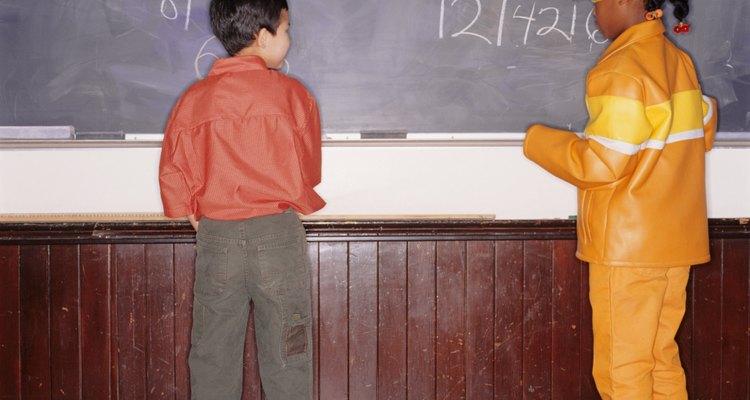 """Mantenha um equilíbrio entre jogos divertidos de sala de aula e exercícios """"comuns"""""""