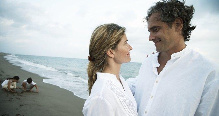 Algunos cónyuges pueden ser complacientes y esperar a que la otra parte de la pareja cumpla de forma automática con sus necesidades físicas, emocionales y psicológicas.