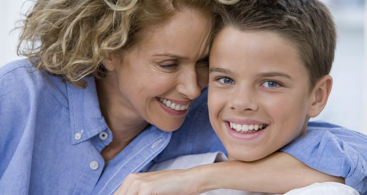 Los padres solos y los niños deben mantenerse juntos.