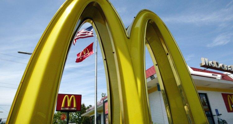 Restaurante McDonald's em Redwood City, Califórnia, EUA