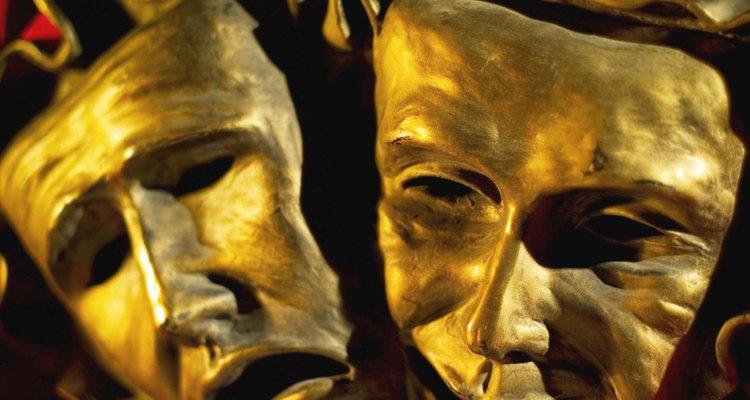 A tragédia é uma forma de drama que remonta à Grécia antiga