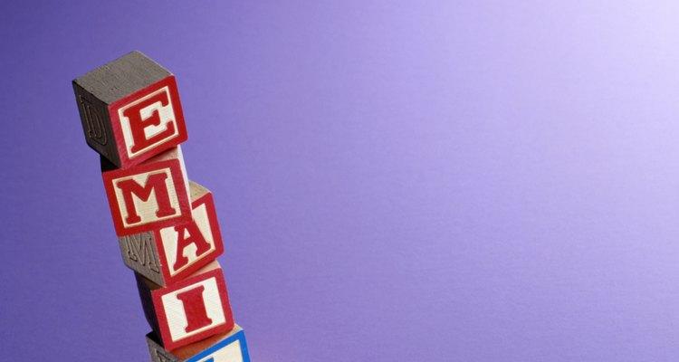 O Tumblr permite aos usuários procurarem amigos com endereços de e-mail