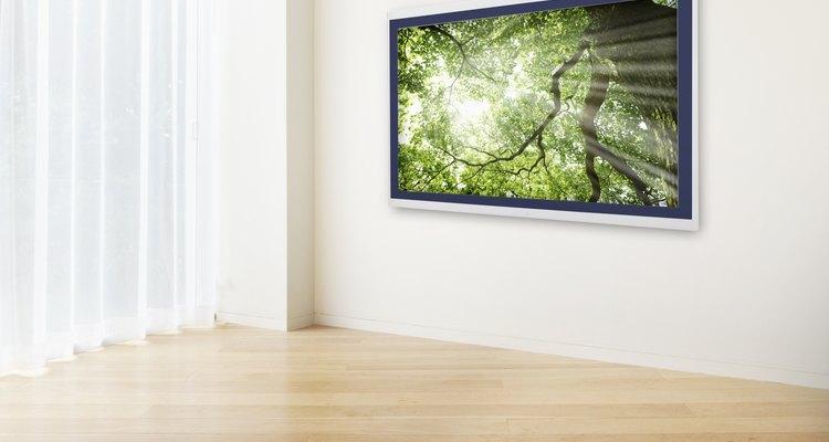 Limpia los pisos de madera con una solución líquida casera.