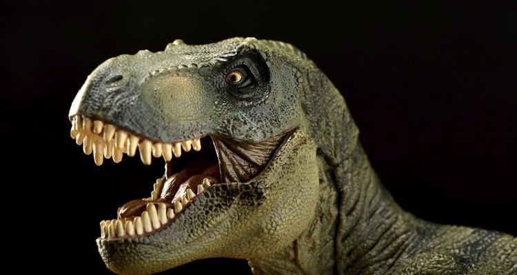 Los dinosaurios, inevitablemente, atraen mucho la atención por sus cualidades científicas y sus fisonomías de colores.