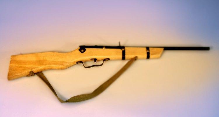 As bocas dos canos de rifles são coroadas para minimizar a turbulência