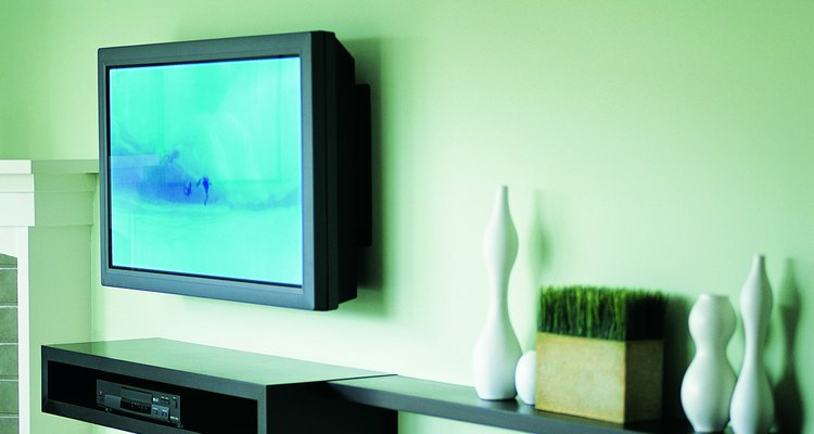 Los anclajes de pared resistentes mantienen los soportes que aseguran el televisor y las estanterías fijadas a las paredes de interior ahuecadas.