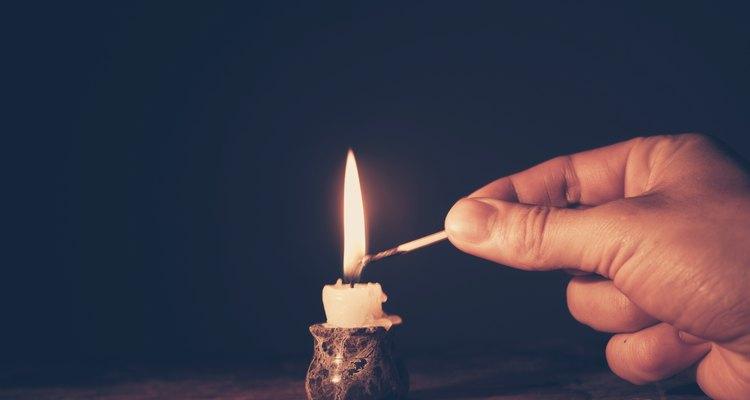 La magia negra se refiere a las artes oscuras de la brujería.