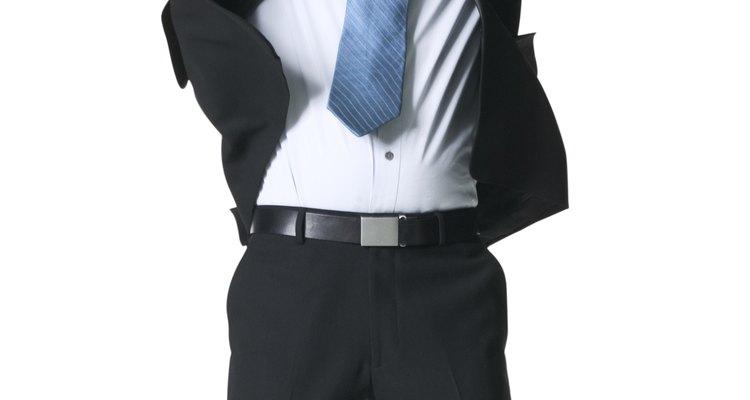 Los sujetadores de camisas fueron creados para mantener la prenda en su lugar, recta y fuerte, durante todo el día.