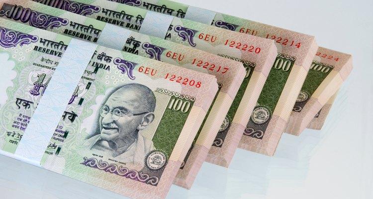 El cumplimiento de los requisitos mínimos habilita a los solicitantes para el salario mínimo de US$51.000, a partir de 2011.
