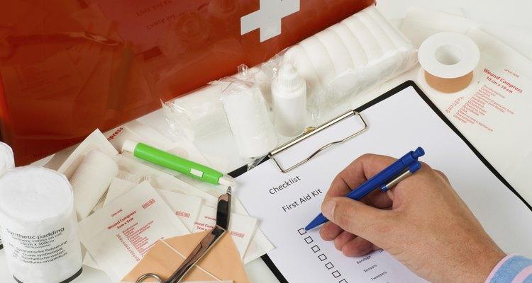 Controle anual do kit de primeiros socorros