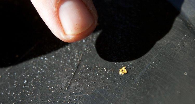 Pedaço de ouro encontrado em garimpo