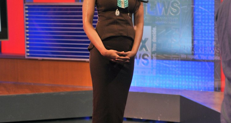 Las faldas de tubo de hoy en día son modificaciones de las faldas de cojera de la década de 1910.