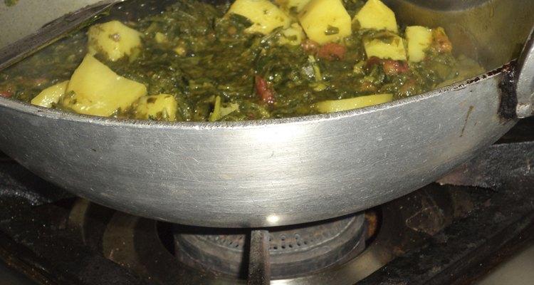 Fenugreek leaves and potatoes