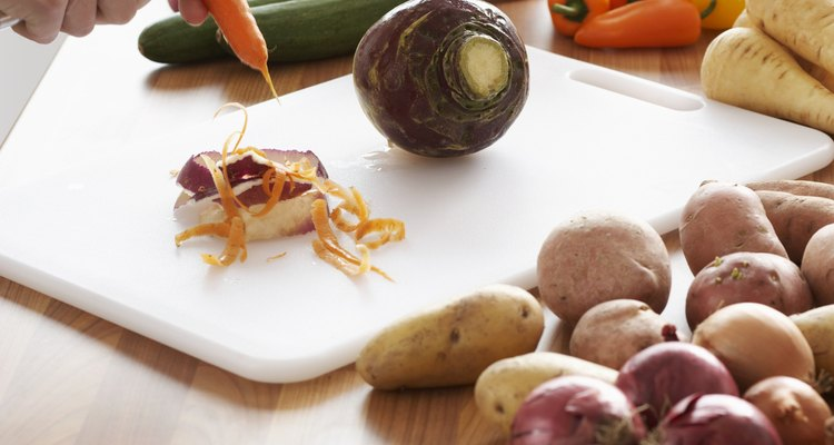 Las hortalizas de raíz son adecuadas para realizar chips.