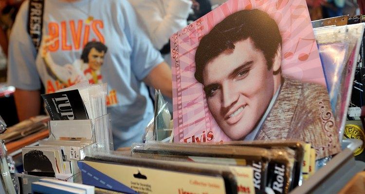 No sabemos si Elvis está vivo en la Tierra, pero lo está en nuestros corazones.