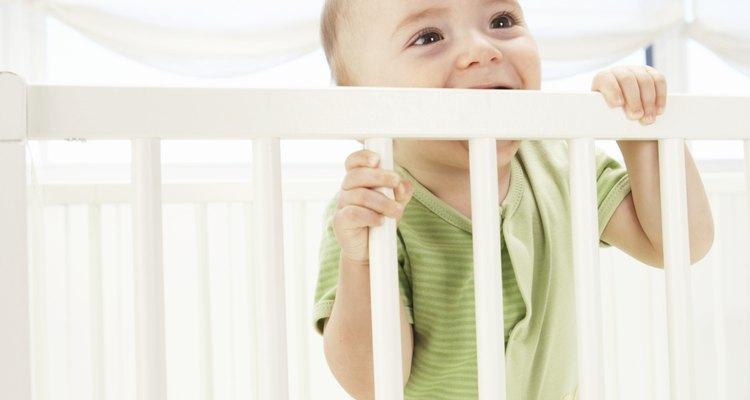 Comprueba que la cuna de tu hijo sea confiable y segura.