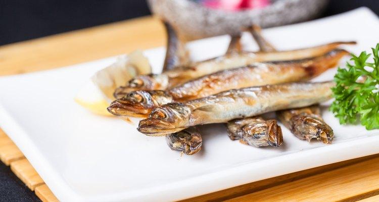 shishamo fried in dish