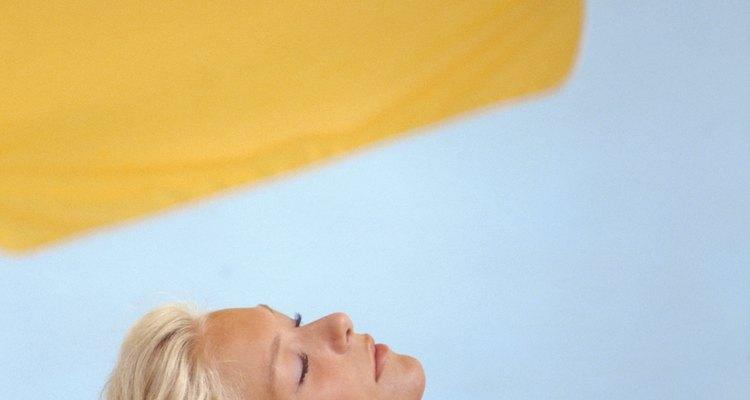 Las sombrillas de patio necesitan una tela que pueda soportar los rayos UV y el clima.