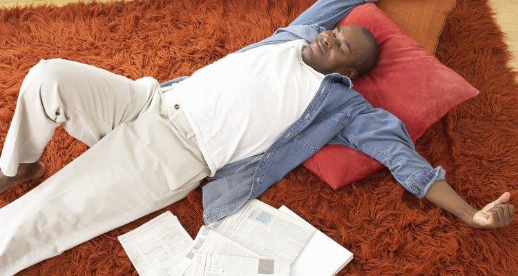 Tapetes felpudos podem ser bem confortáveis, além de estilosos
