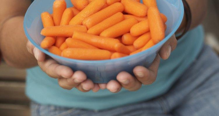 Omite el aderezo para que tu refrigerio sea saludable.