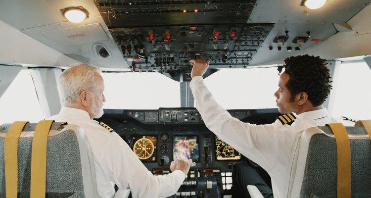 Se requiere que los pilotos de aerolínea tengan una licencia de piloto de transporte de línea aérea.
