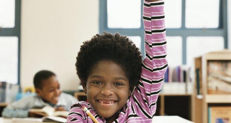 La alineación horizontal es la alineación del plan de estudios que se enseña por maestros en un mismo nivel de grado.