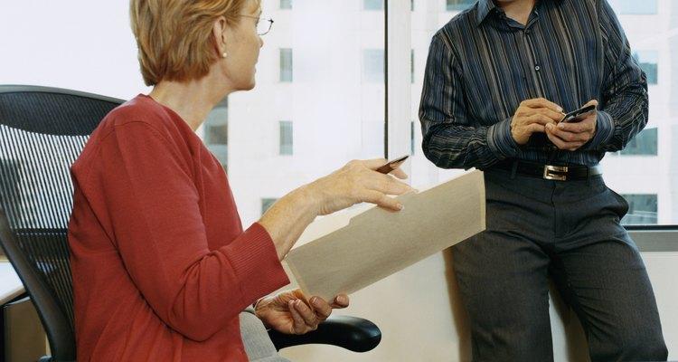 Escribir una carta a tu jefe te asegura que toda la información sea precisa y que no tenga confusiones.