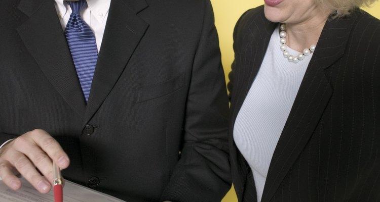 Los empleadores prefieren portafolios bien organizados y con portadas concisas.
