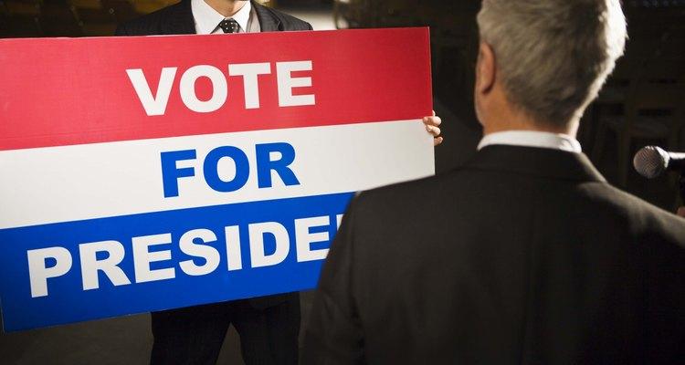 Los grupos de interés y partidos políticos influyen en las elecciones presidenciales.