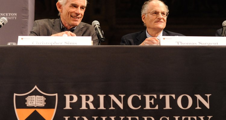 Christopher Sims (Princeton) e Thomas Sargeant (NYU), vencedores do Nobel de Economia