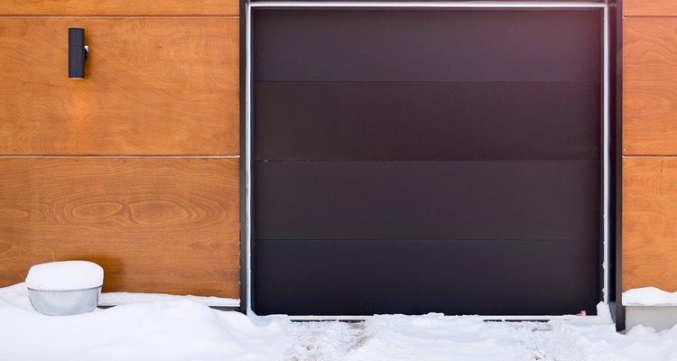 ¡Las puertas de garaje vienen en muchos tamaños y apariencias!