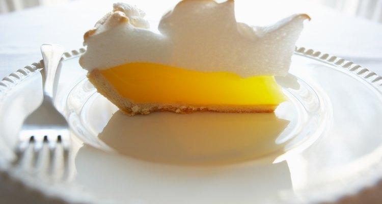 O pó para merengue poderá ser facilmente substituído no glacê real
