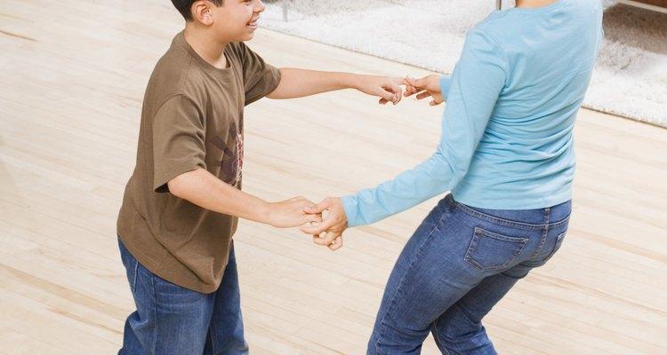 Un día bailarás con tu hijo en su boda.