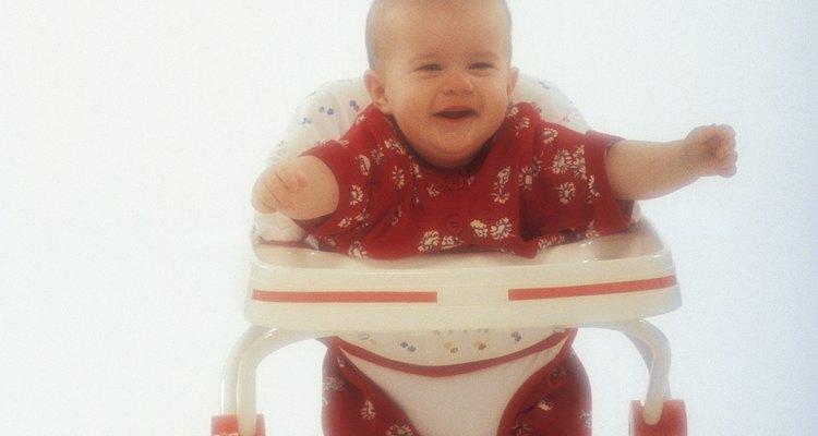 La AAP ha encontrado que las caminadoras pueden ser peligrosas para bebés y niños pequeños.