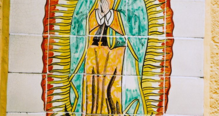 La tribu huichol ha tomado diversos aspectos de la religión católica.