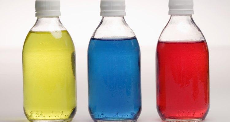 Capture insetos e moscas utilizando uma garrafa velha de refrigerante