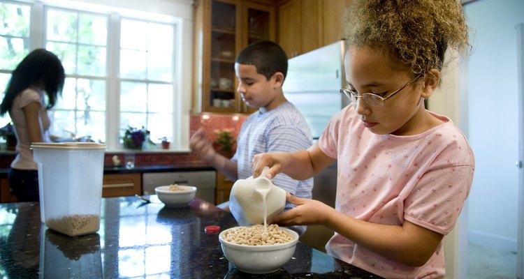 Lo que come tu niño puede afectar al aliento.