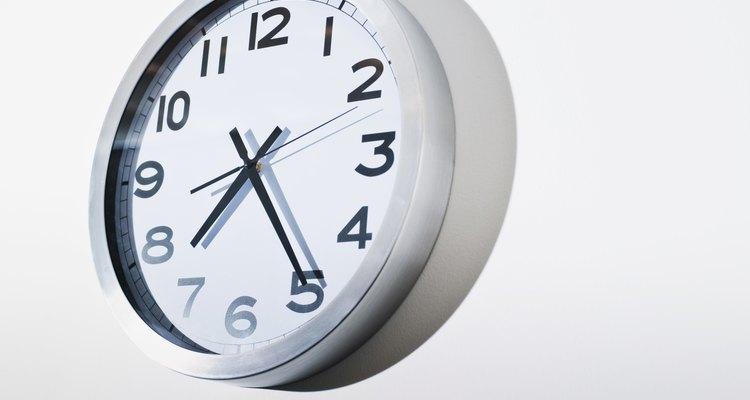 O mostrador de um relógio pode apontar as frações de uma hora