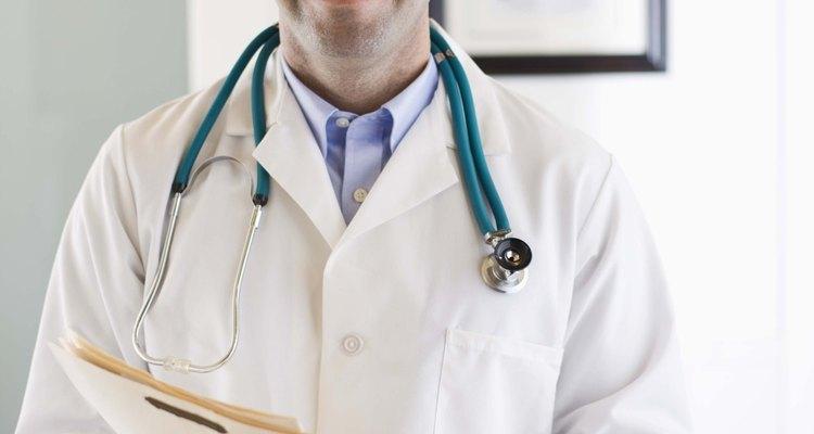 Un veterinario puede llevar a cabo las pruebas de género.