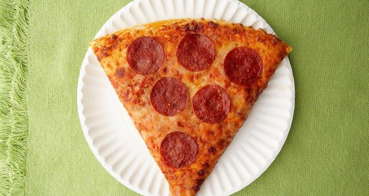 Uma fatia de pizza é uma fração de uma pizza inteira